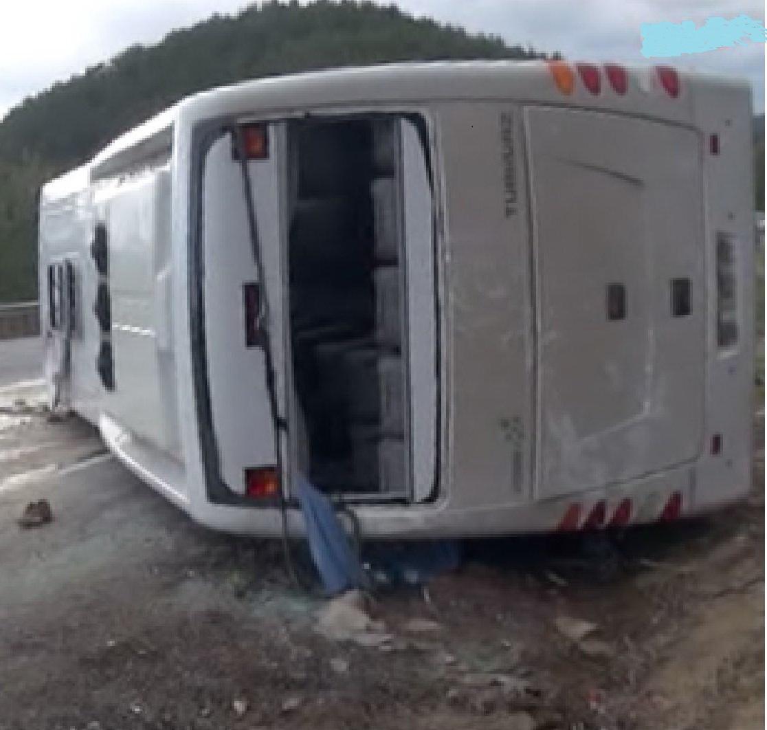 תאונות אוטובוסים - התהפכות