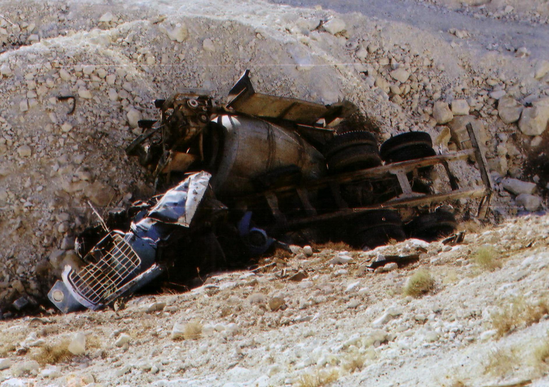תאונת משאית - מערבל בטון