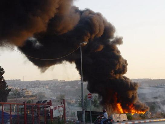 תעשייה ועסקים - שריפה באתר איסוף פסולת